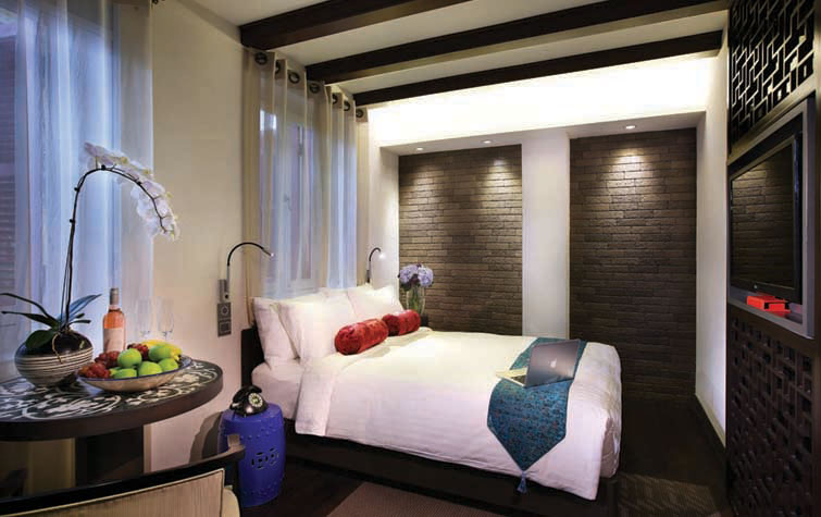 AMOY-Hotel-Deluxe-Double